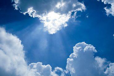 Jak chronić skórę przed promieniowaniem UV?